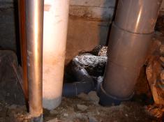 変換 ~ 202トイレ排水管基礎通過部・モルタル詰.jpgのサムネール画像